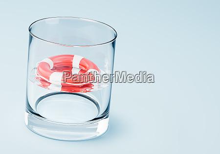 in einem glas wasser ertrinken