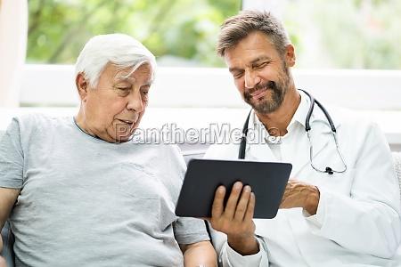 home care elder patient blick auf