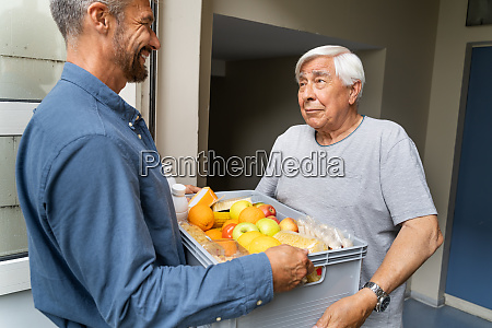 lebensmittel shopping hilfe fuer elder senior