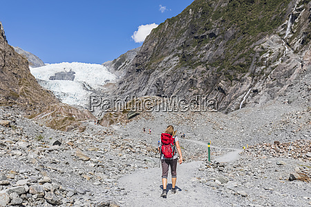 neuseeland westland district franz josef backpackerinnenwandern