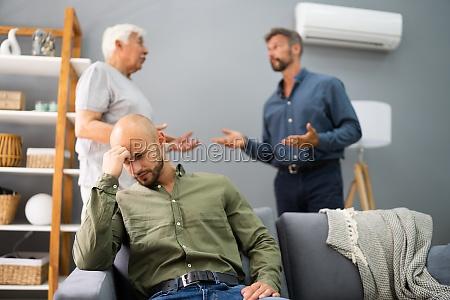 grossvater mit vater im konflikt