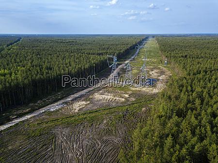 russland, oblast, leningrad, tikhvin, luftaufnahme, von, strommasten, inmitten, des - 28751952