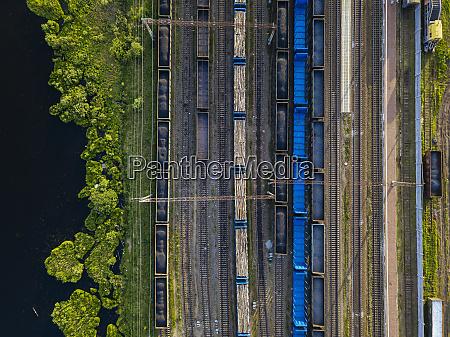 russland, oblast, leningrad, tikhvin, luftaufnahme, stationärer, eisenbahnwaggons - 28752294