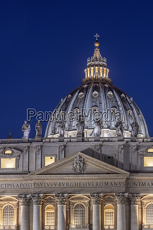 st peters square st peters basilica