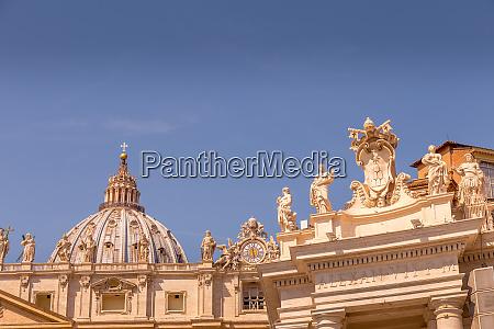 vatikanstadt mit kuppel