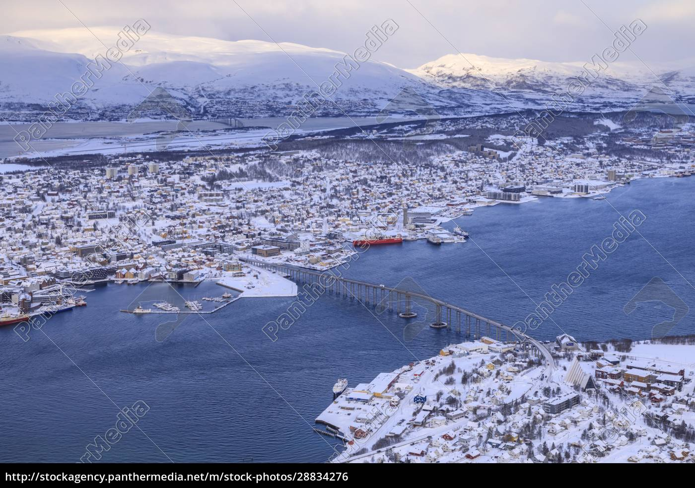 tromso, tromsoya, und, fjord, nach, starkem, schneefall, erhöhter, blick - 28834276