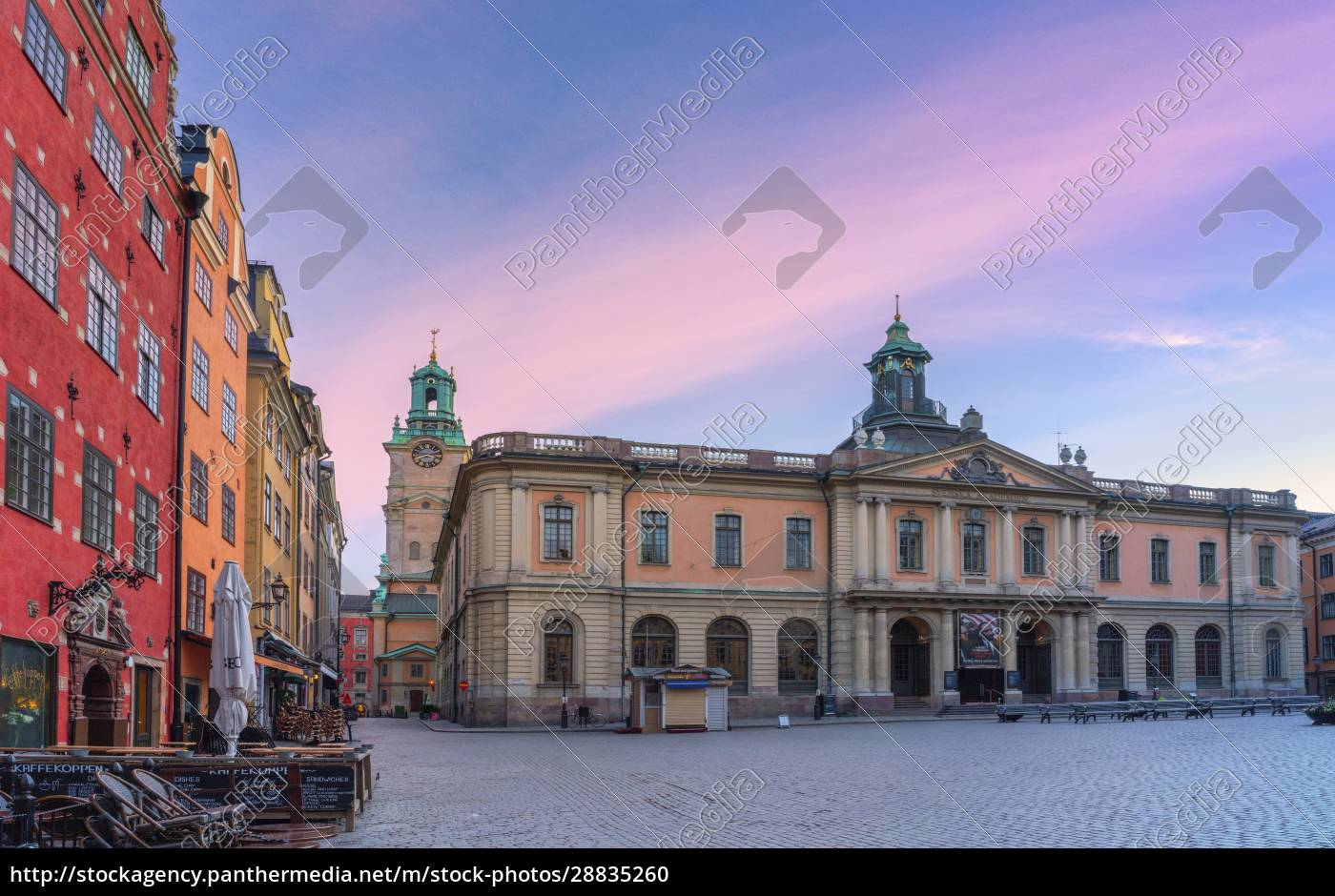 sonnenaufgang, über, dem, börsengebäude, heutiges, nobelmuseum, stortorget, square, gamla - 28835260