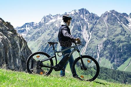 e fahrrad in OEsterreich mountainbike im
