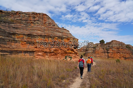 erodierte sandsteinformationen im isalo nationalpark provinz