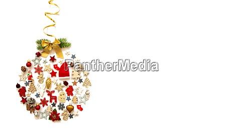 weihnachtsball dekoration und ornament kopierraum isolierten