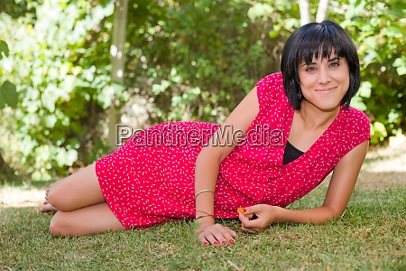 woman, smiling - 28889301