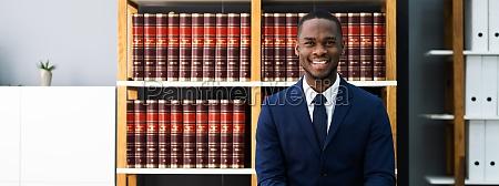 rechtsberater und rechtsanwalt