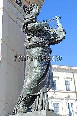 skulptur die poesie am reiterdenkmal