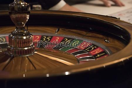 roulette spiel in einem casino
