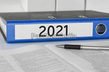 ordner mit dem etikett 2021