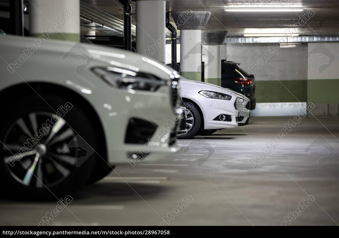 tiefgarage., autos, die, in, einer, garage, ohne - 28967058