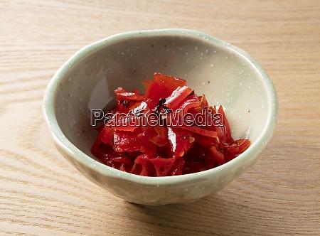 japanische gurken rotes fukujinzukesliced gemuese eingelegt