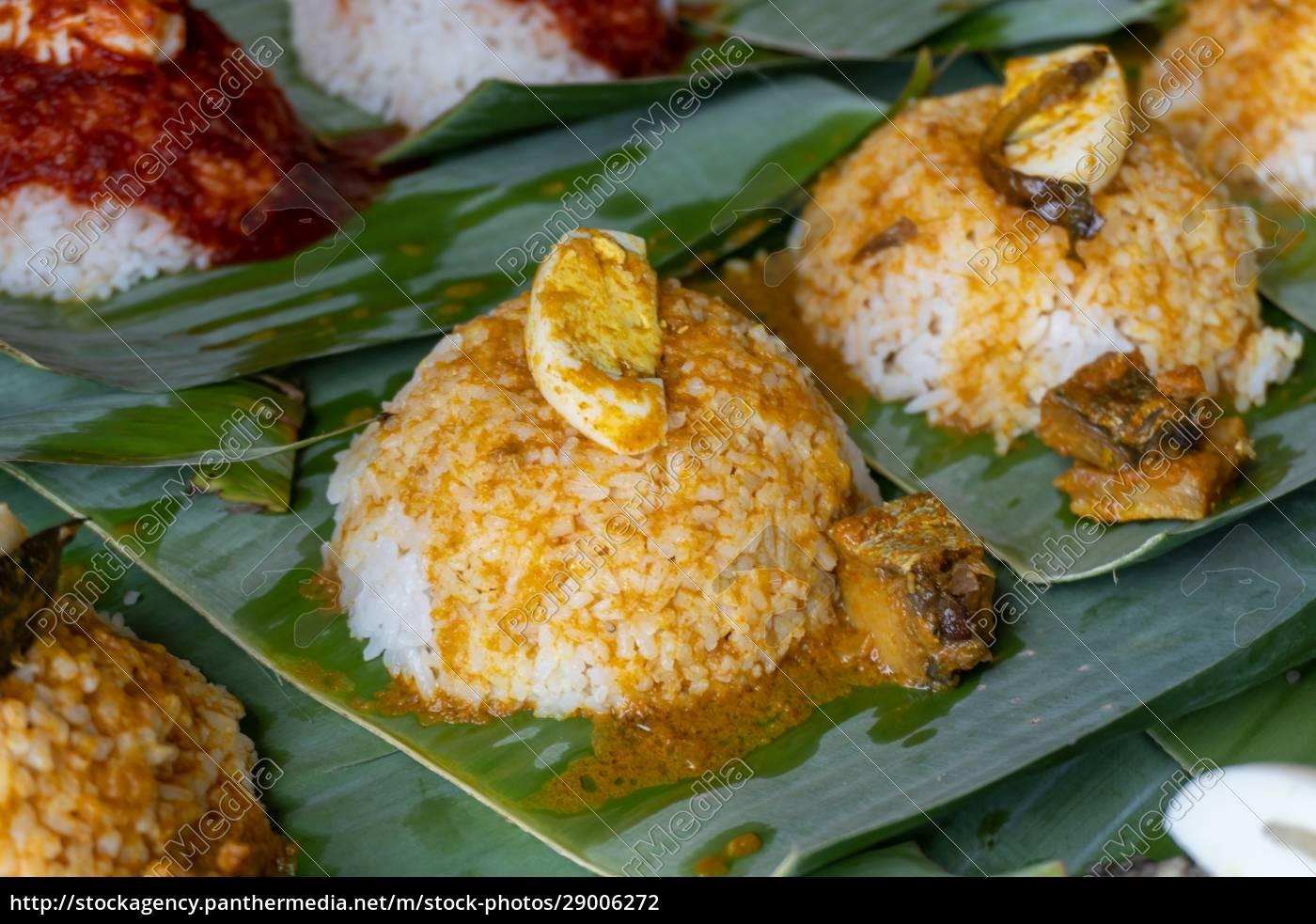 close, up, nasi, lemak, with, sauce - 29006272