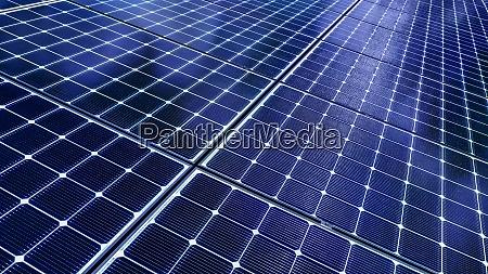 nahaufnahme von solarmodulen