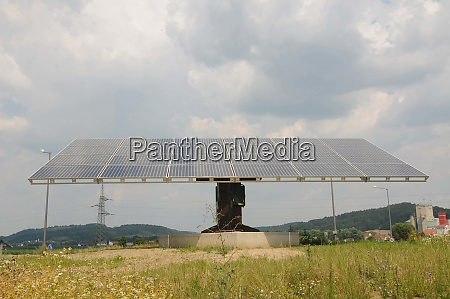 solarpanel und photovoltaik fuer nachhaltige energie