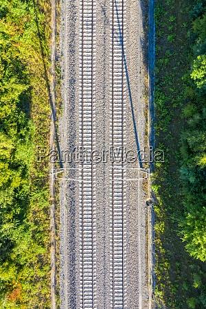 eisenbahngleise gleislinie eisenbahn zug bahn luftbild