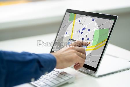 suche ort auf online gps karte
