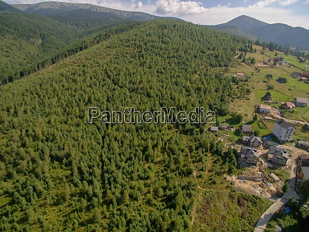 luftaufnahme von great green ridge bewaldete