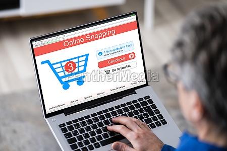 elder man tech shopping online