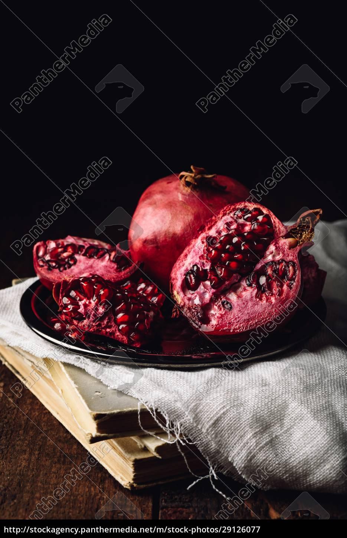 reife, granatapfelfrüchte - 29126077