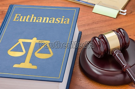 gesetzbuch mit einem gaben euthanasie