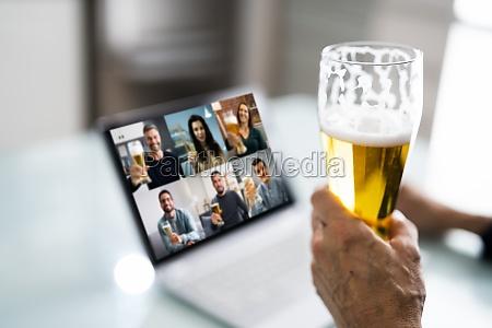 virtuelle bier trinken online party mit