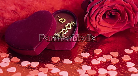 stillleben der valentinsdekoration
