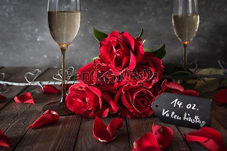 romantisches stillleben zum valentinstag