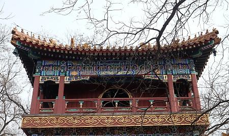 schoener lama yonghe tempel in peking