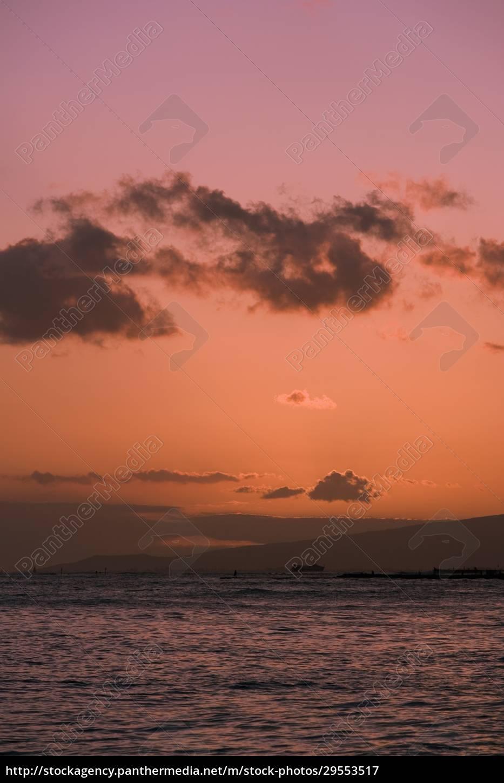 clouds, over, the, sea, , waikiki, beach, - 29553517