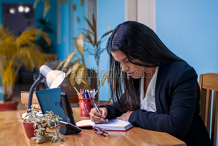 woman, working, from, home - 29577303
