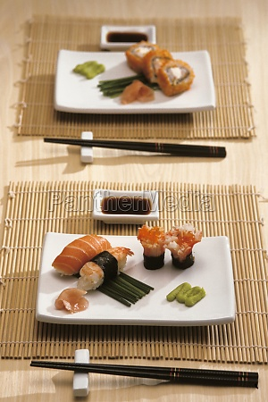 close-up, of, sushi, served, in, trays - 29598296