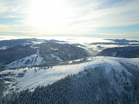 winterlandschaft am feldberg bei freiburg deutschland