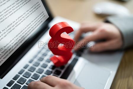 absatz, gericht, recht, tech, on, computer. - 29645214