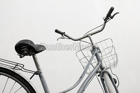 vintage fahrrad weiss hintergrund