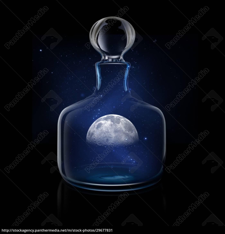 mysteriöser, mond, im, glasdekanter, gegen, nachthimmel - 29677831