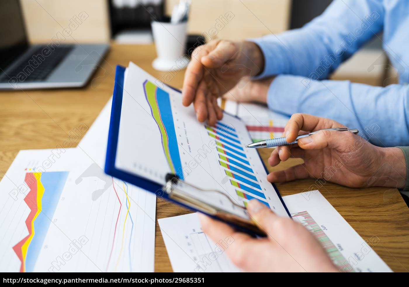 corporate, people, überprüfen, revenue, analytics - 29685351