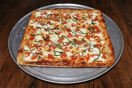 koestliche margarita pizza