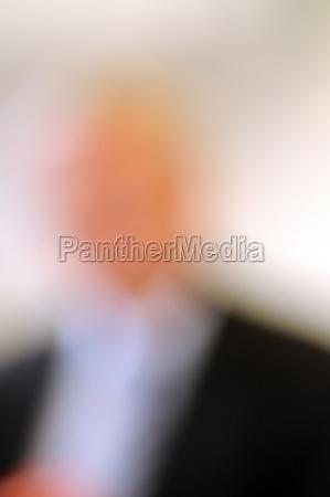 verschwommenes bild einer person