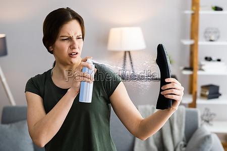 schuh spray deodorizer flasche muddy schuhe
