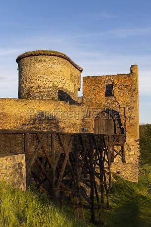 burgruine krakovec in mittelboehmen tschechische republik