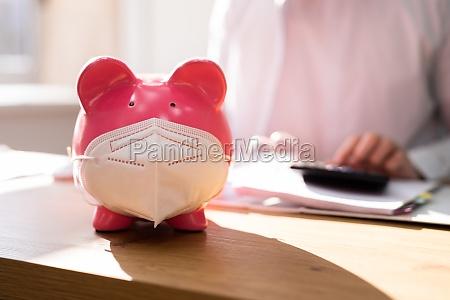 sparen sie covid geld und budget
