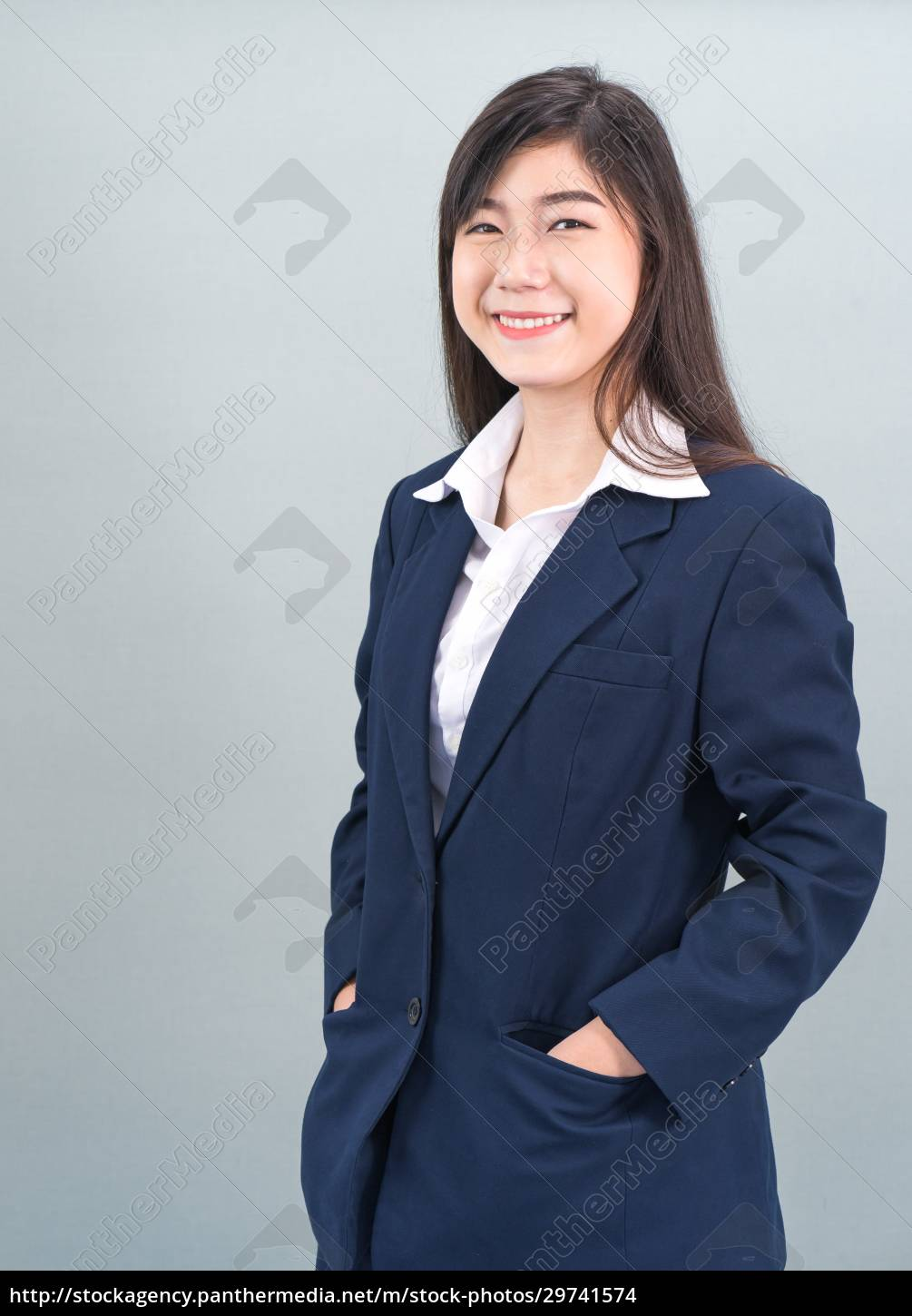 portrait, of, asian, business, woman, standing - 29741574