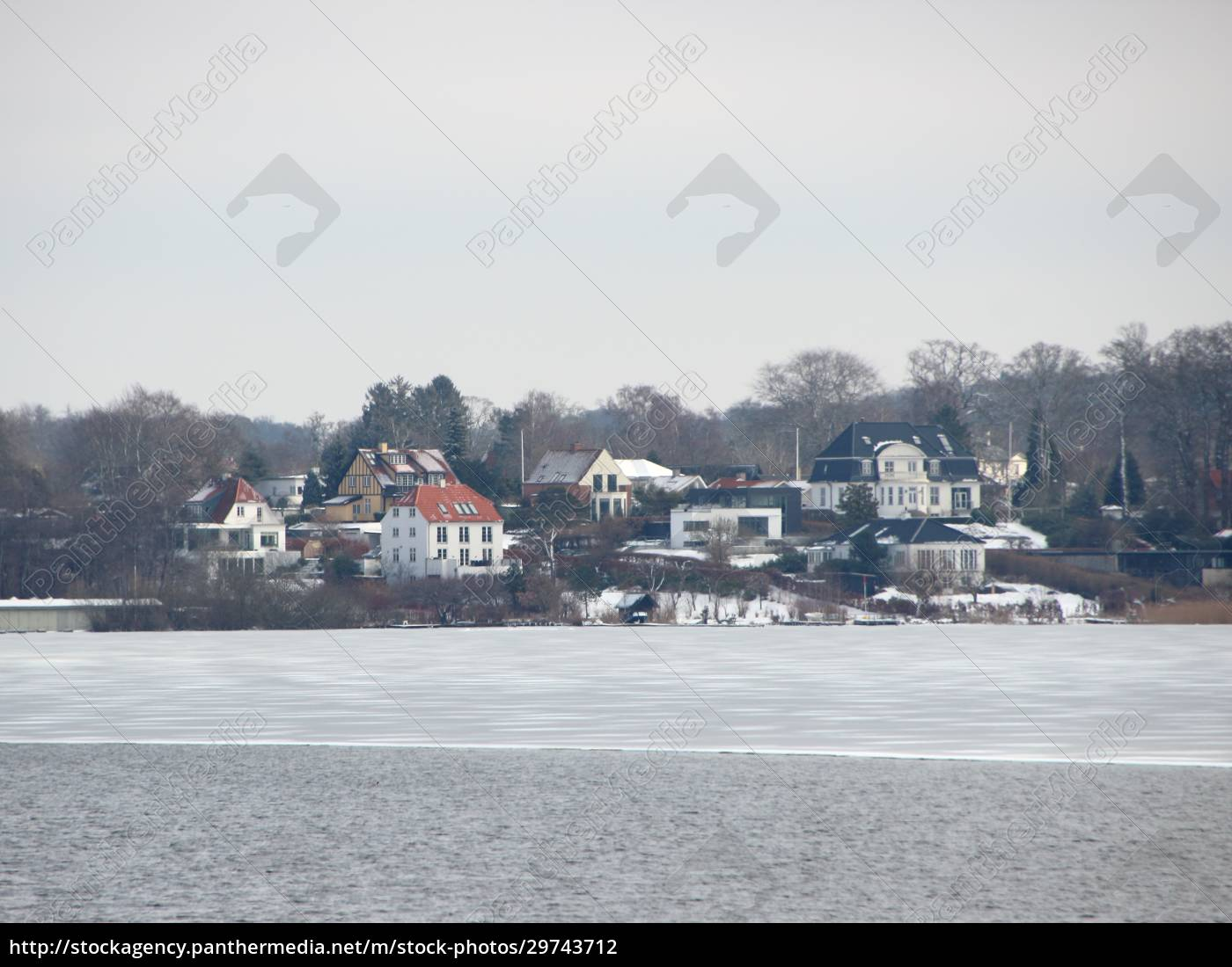 winter, lake, with, houses, water, and - 29743712