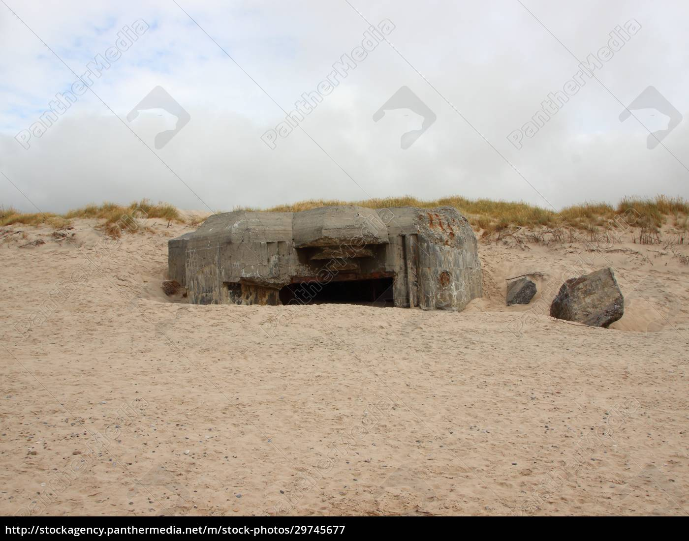 canon, hole, bunker, at, coast, of - 29745677